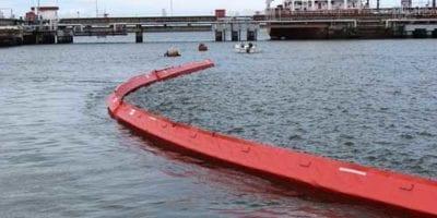 Técnicas de recuperación y limpieza de derrames de petróleo en el mar