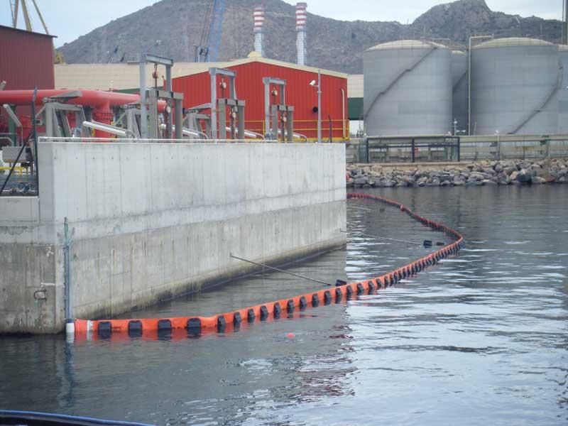 barreras serie P03 1 | Permanent containment booms P Series