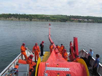 Barreras de contención marinas flotantes e inflables