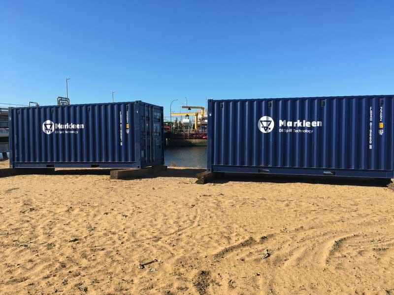 cepsa pack oil spill2 | CEPSA Huelva