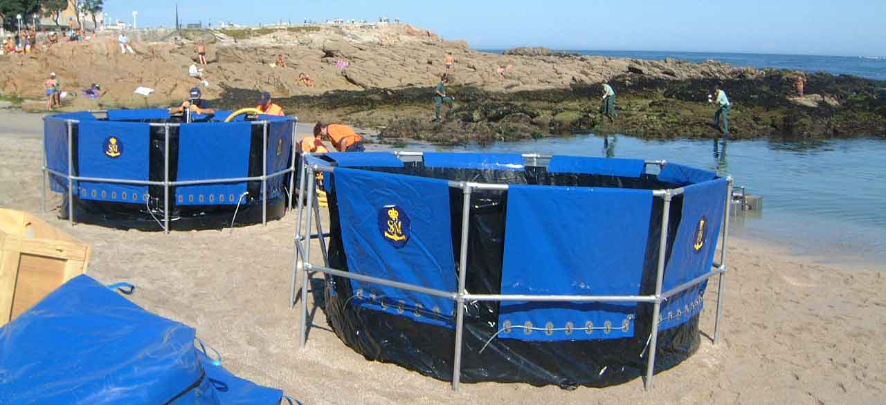 Large tanks for the storage of oil or hydrocarbons from spills at sea, ports or offshore. Easy Tanks