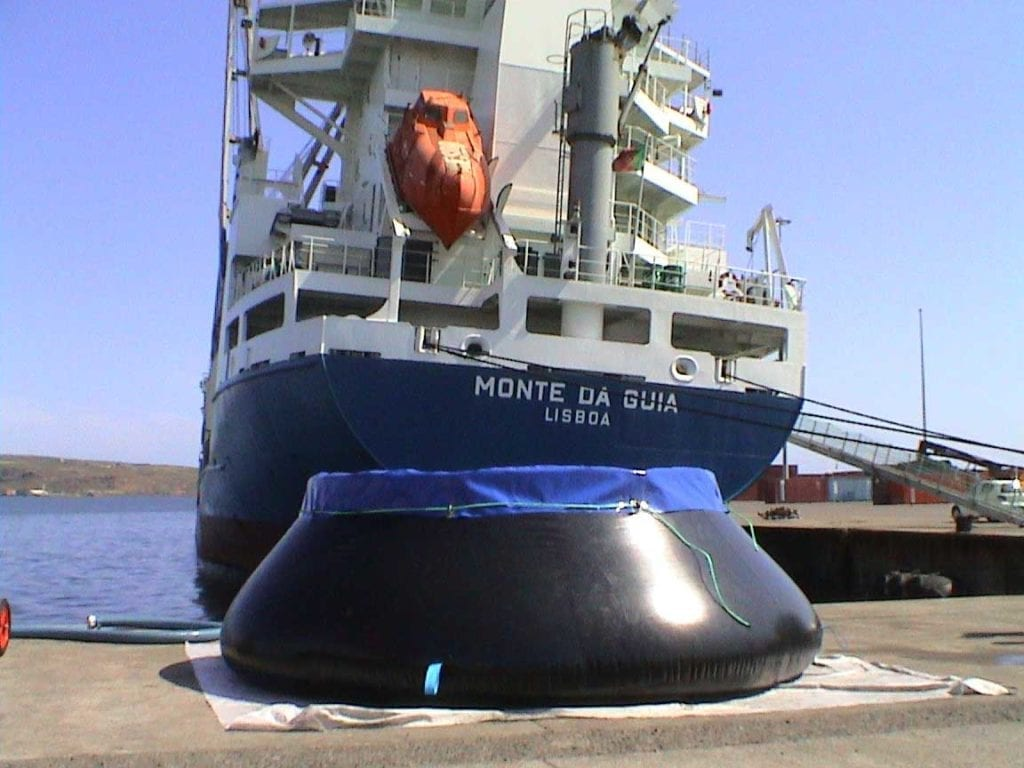 tanques-almacenamiento-derrames-autoTank